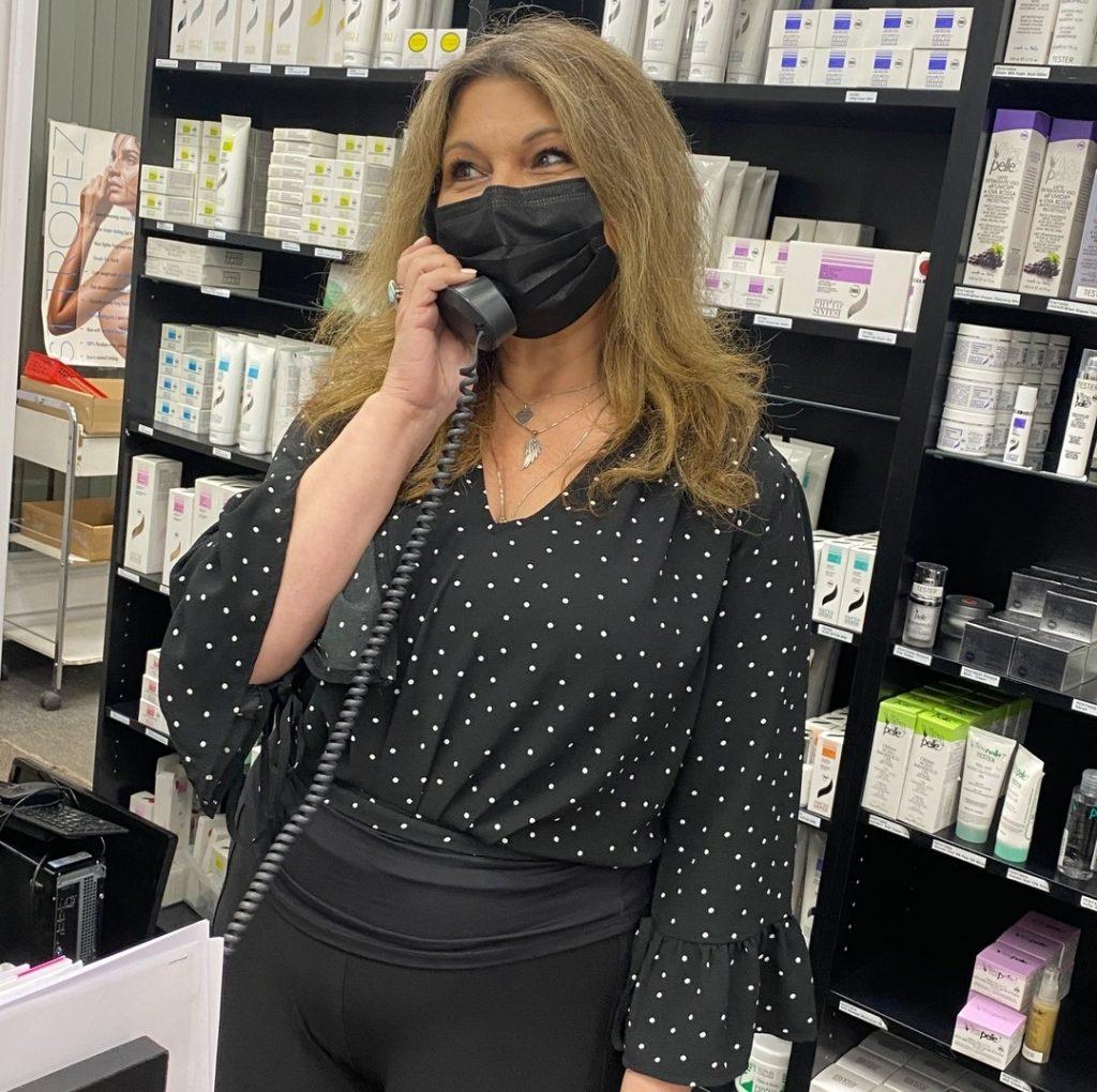 Lela - Showroom manager at Natali products